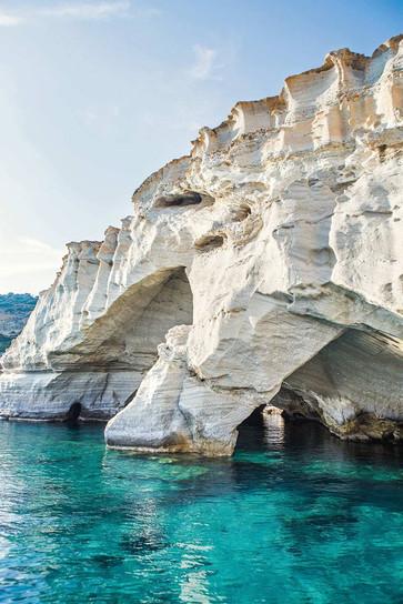 caves-at-kleftiko-beach-milos-greece-con