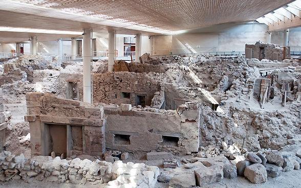 akrotiri-santorini-greece-pompeii.jpg