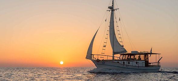 CalderaYachting_Kaiki_Sunset.jpg