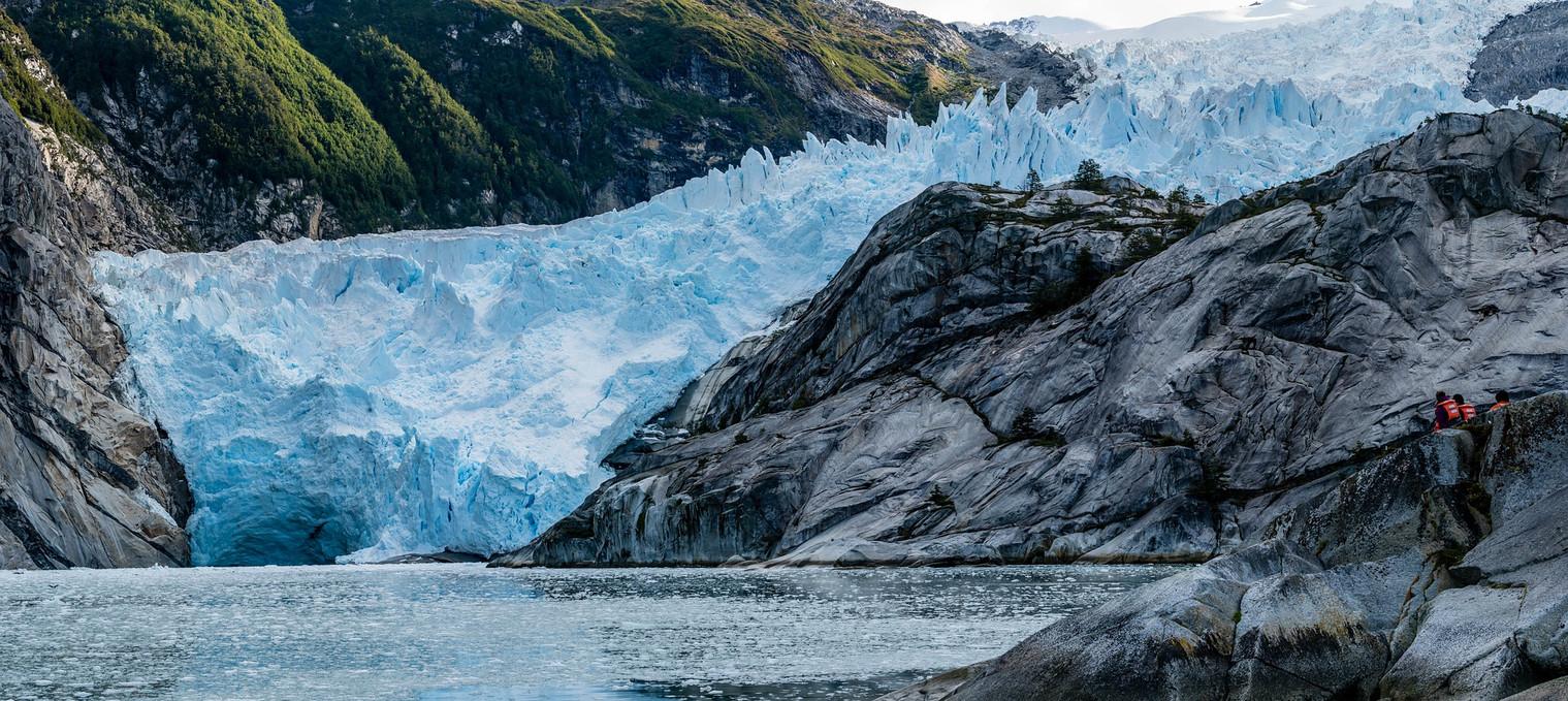 glacier-4788112_1920.jpg