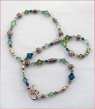 necklace002.jpg