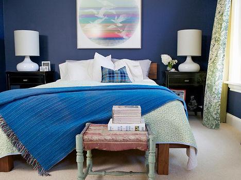 small-bedroom-furniture-arrangement-idea