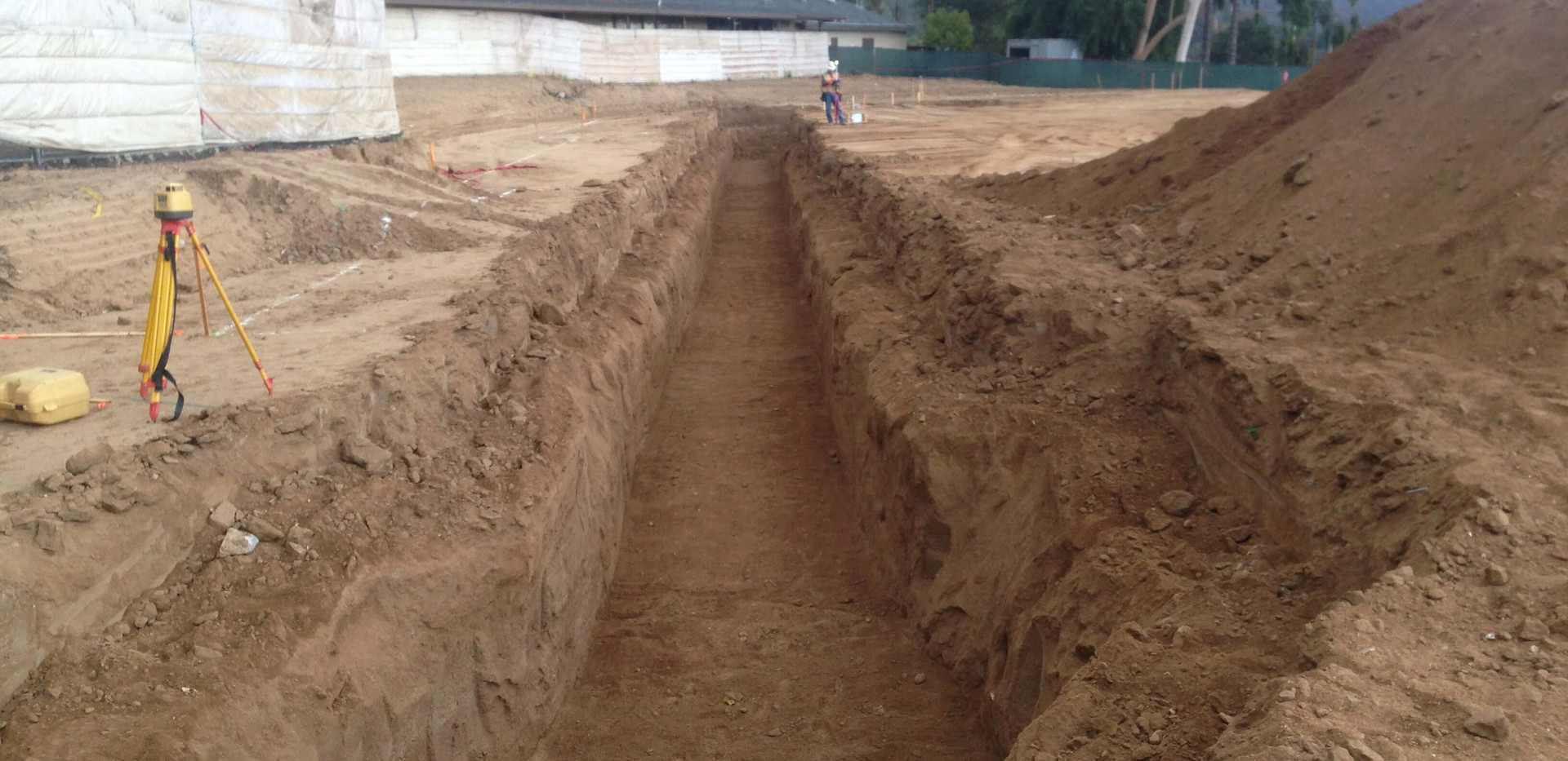 hydronic-trench-excavation.jpg