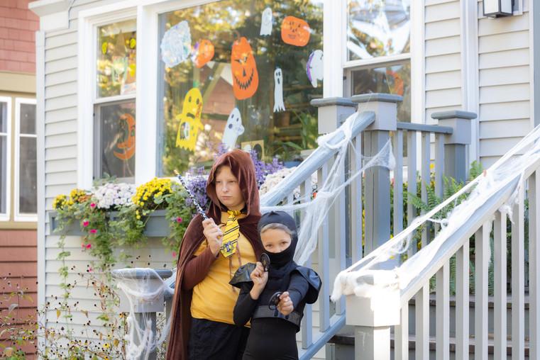 Halloween Porch_26.jpg