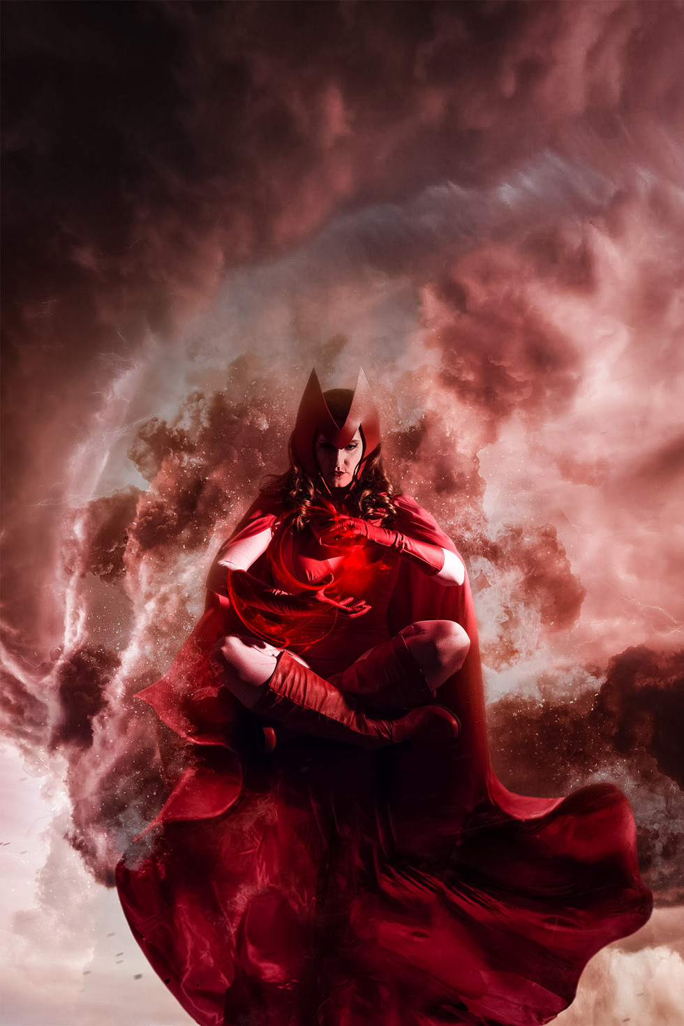 @kyberknightcosplay as Scarlet Witch
