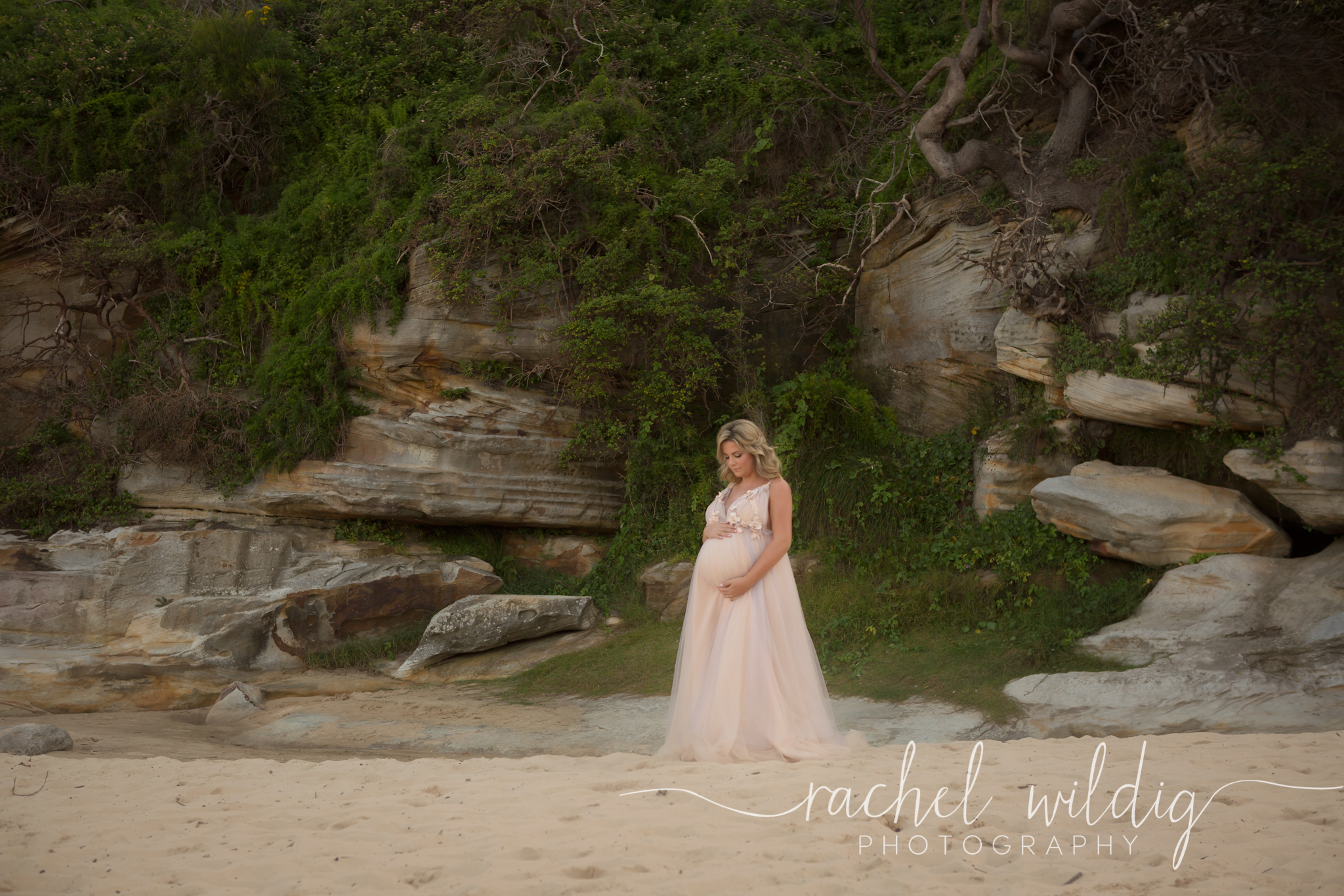 Maternity Session - Freshwater Beach