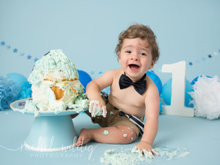 Cake Smash | Zachary