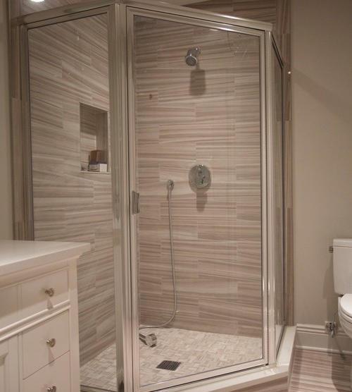 traditional-bathroom4.jpg