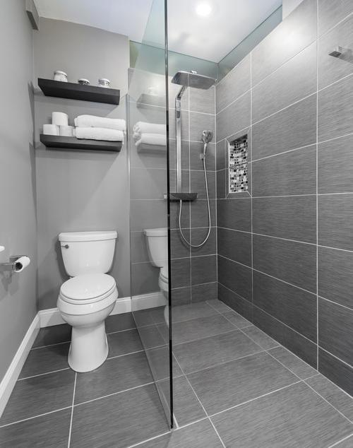 modern-bathroom 7.jpg