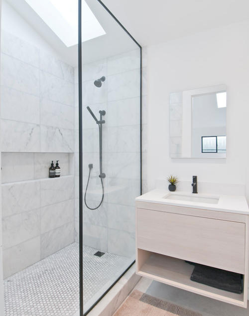 modern-bathroom 6.jpg