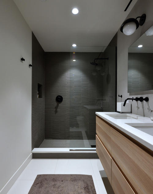 modern-bathroom.jpg