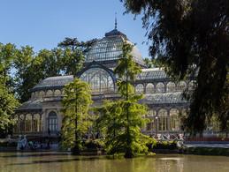 1200px-Palacio_de_Cristal,_Parque_del_Re