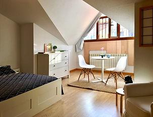 Casa_HolaJasmin_habitación_cama.jpg