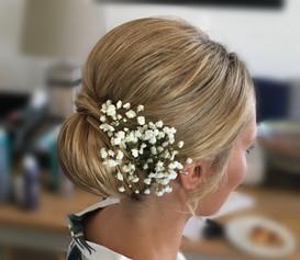 Classic wedding hair