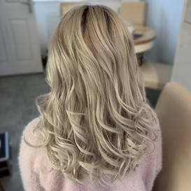 Curly hair down style