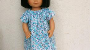 Chemise de nuit fleurs bleues et turquoise pour Marietta (35 cm)