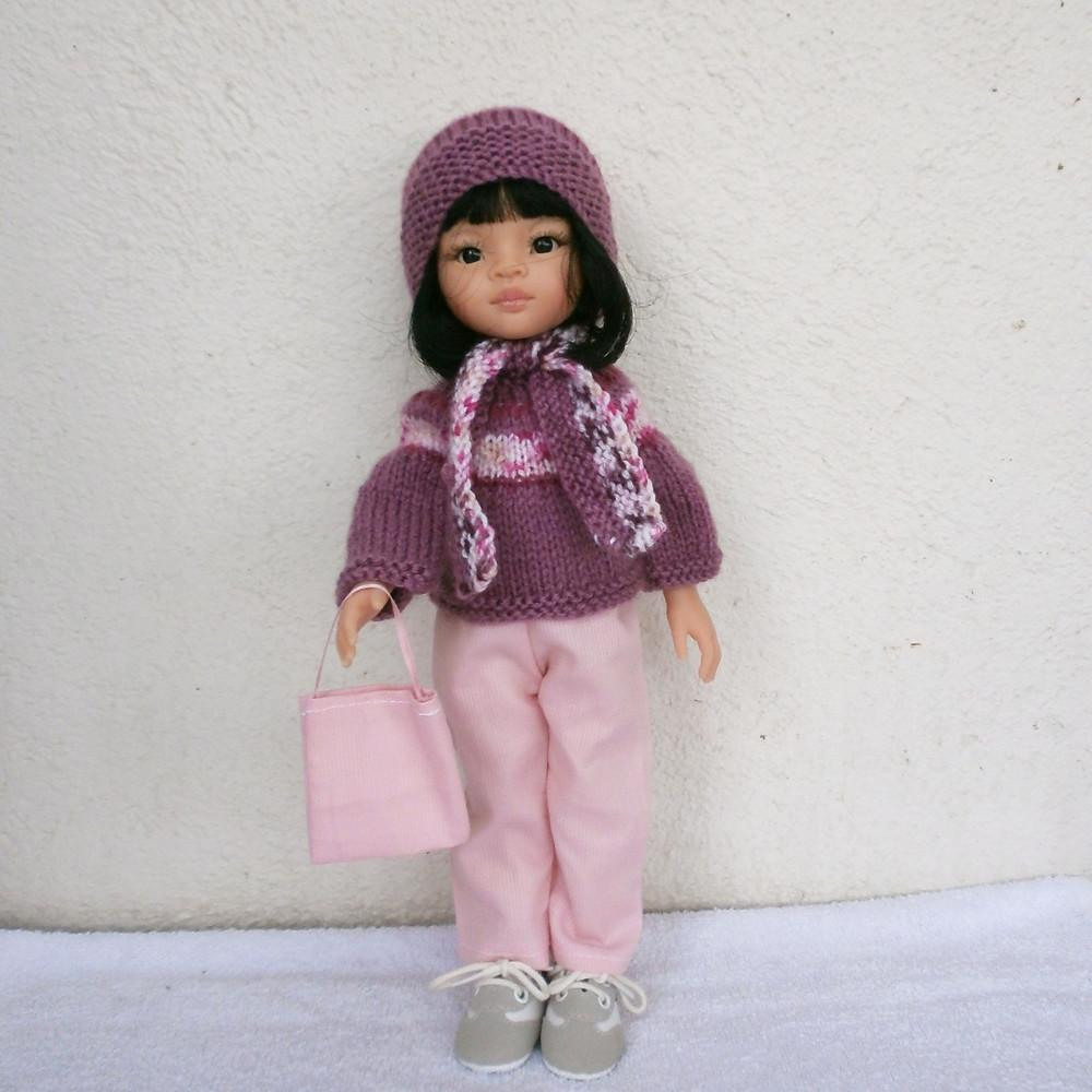 Une tenue d'hiver rose pour poupée Las Amigas