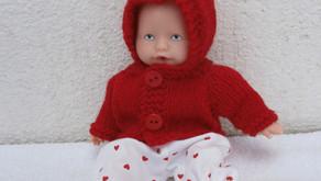 Tenue d'hiver rouge pour mini poupon