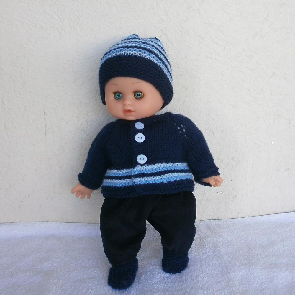Pour poupon Petit Câlin, un ensemble d'hiver bleu