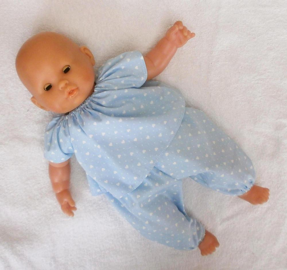 Pour poupon Corolle de 36 cm, pyjama bleu petits coeurs