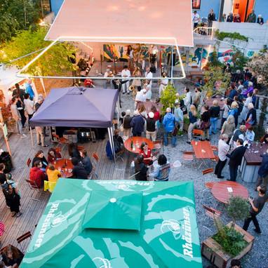 Bühne frei – Sommerbeiz im lauschigen Treibhausgarten