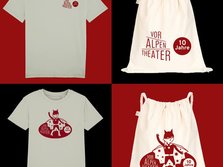 T-Shirts und Stoffsäckli im VorAlpentheater-Design