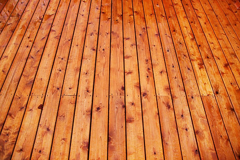 cedar deck Milwaukee.jpg