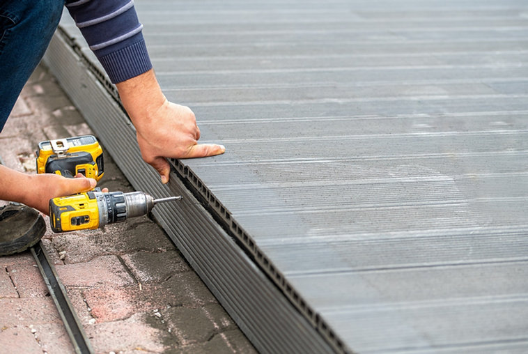 COMPOSITE DECK INSTALLATION