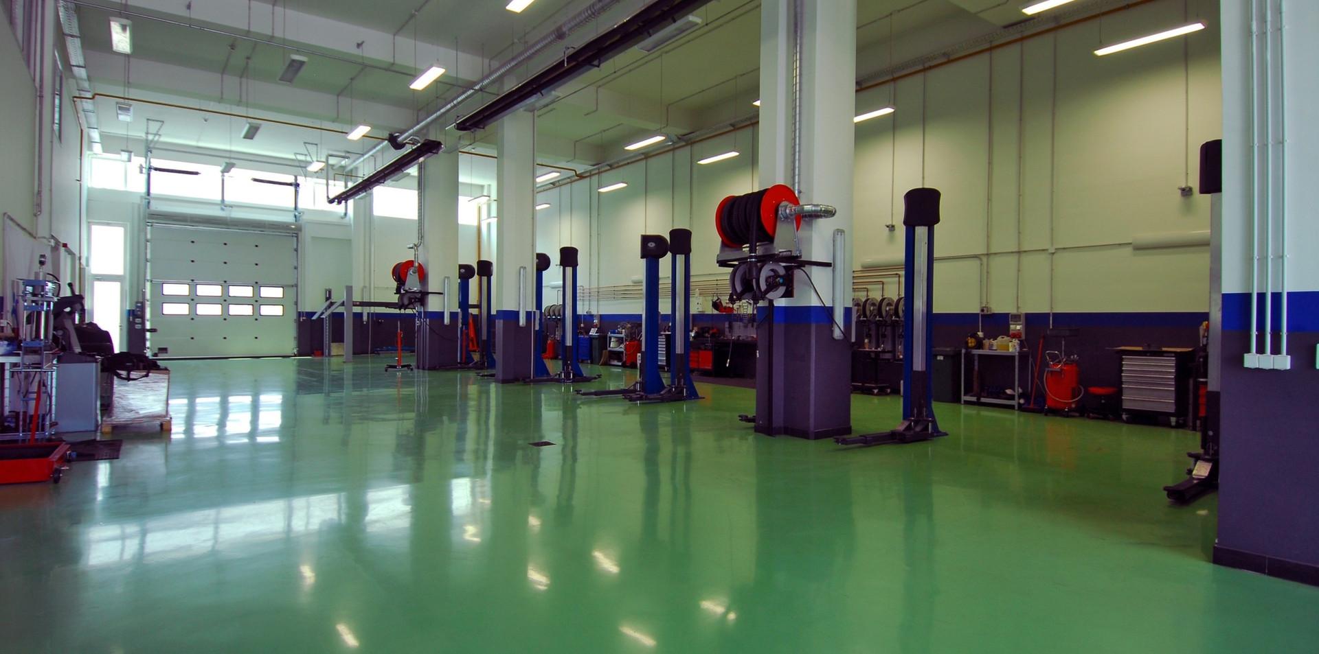 commercial garage epoxy floor naperville