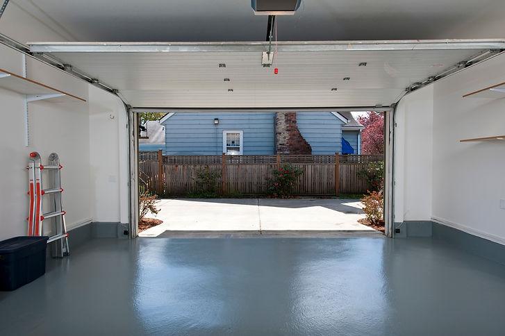garage epoxy resin floor in naperville.j