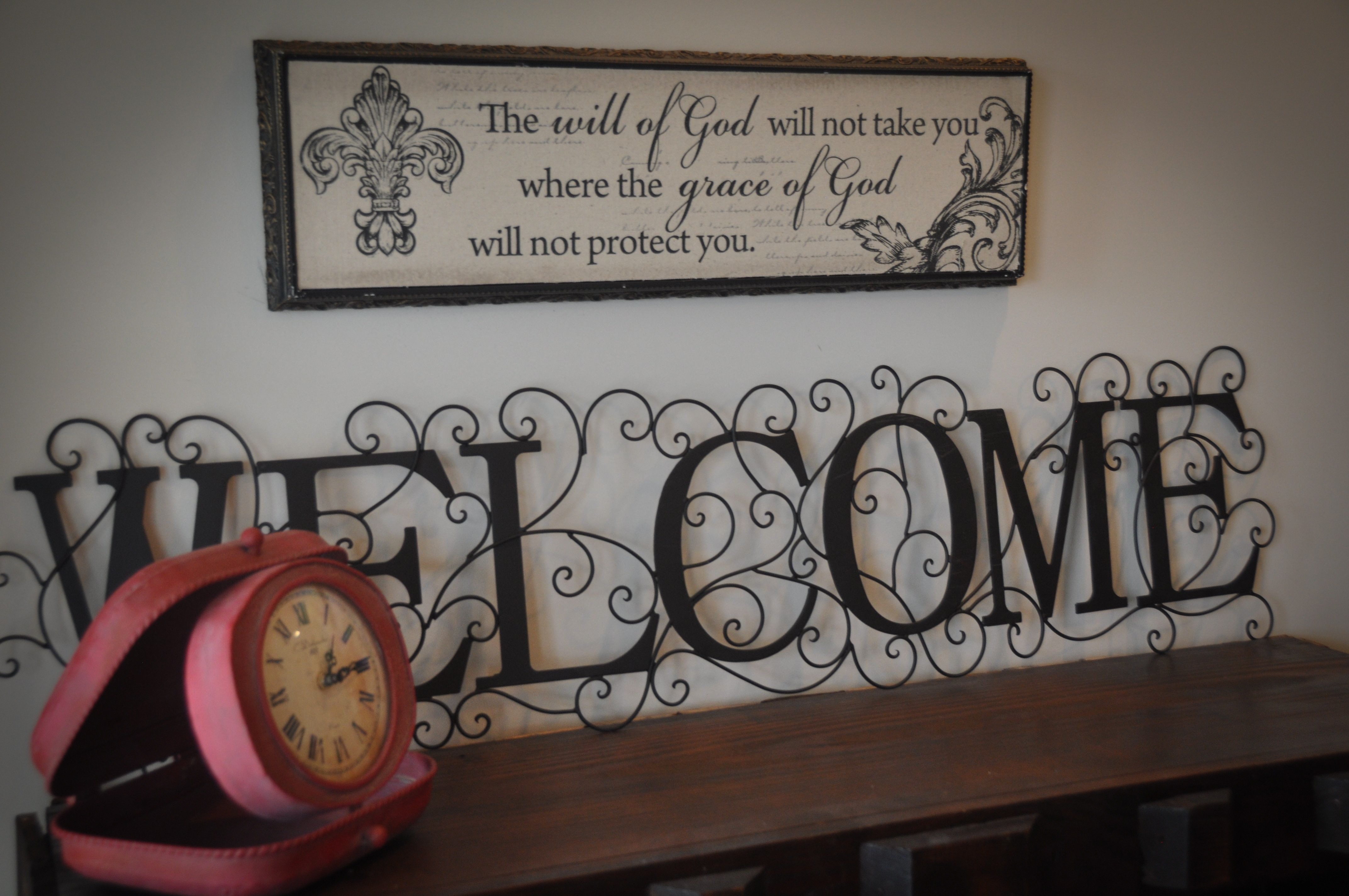 Mantle with Welcome sign