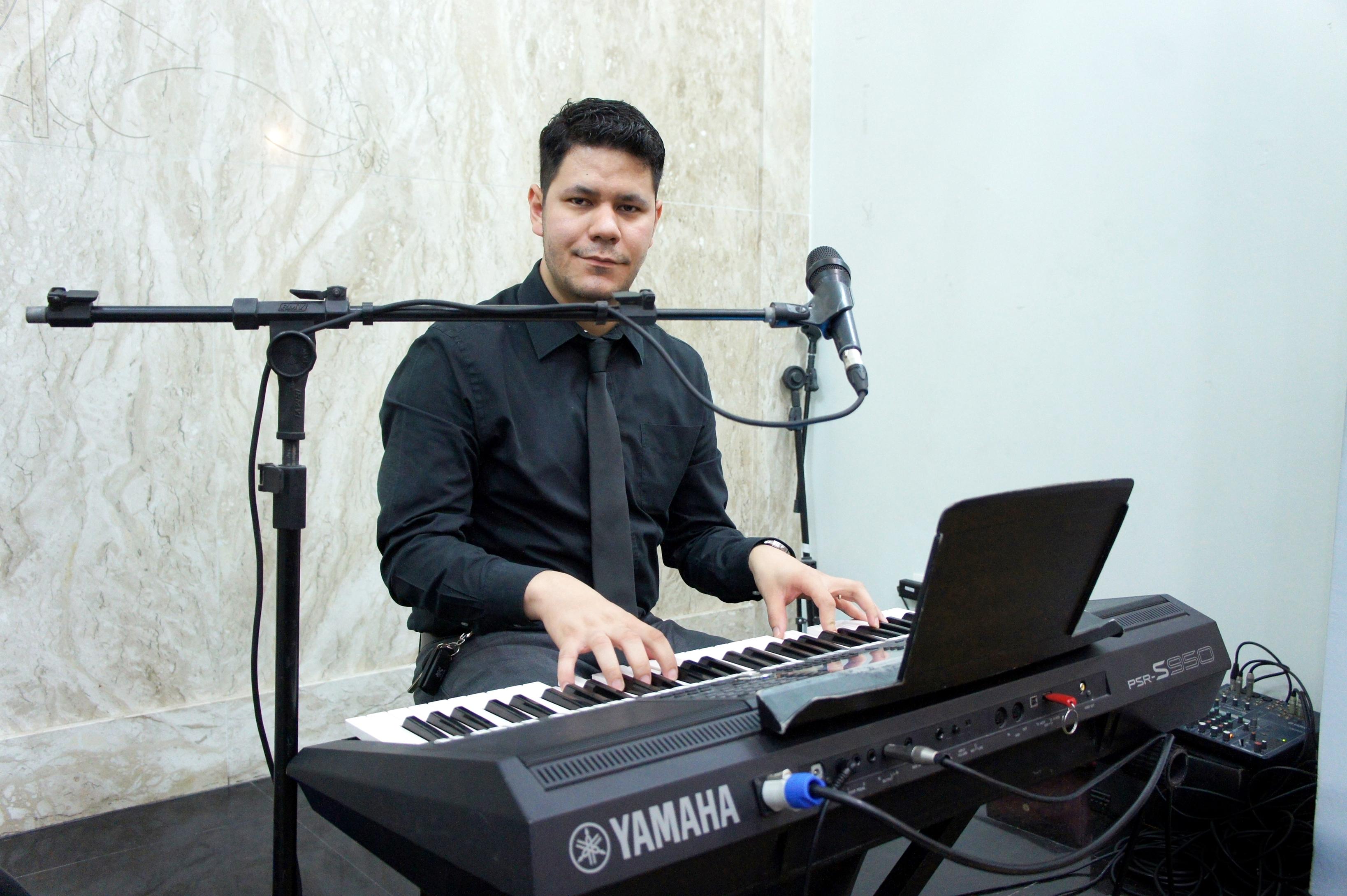 Raphael_Ricky_-_Músico_para_Casamentos