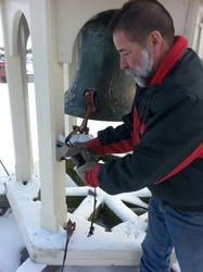 cable_repair_for_the_bell_on_the_aylmer_