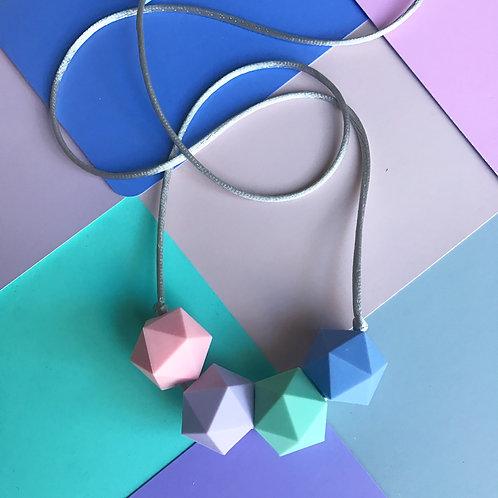 Minimalist Iso Hex Pastel