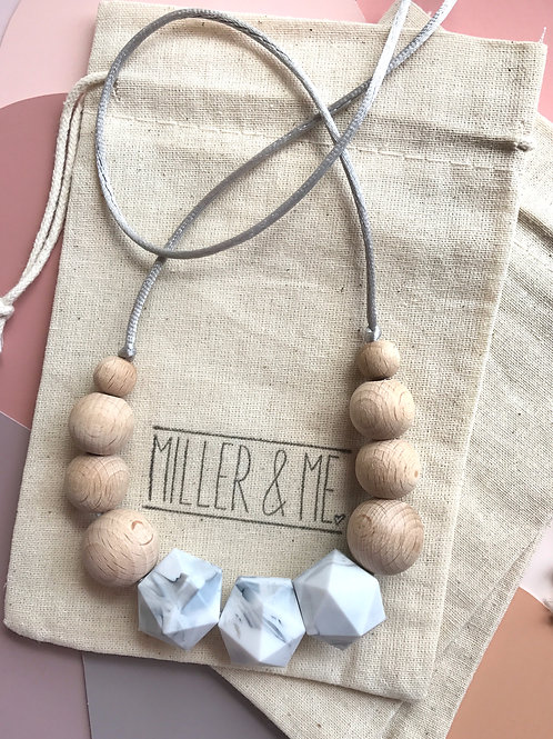 Silicone and Wood Necklace - Emmy