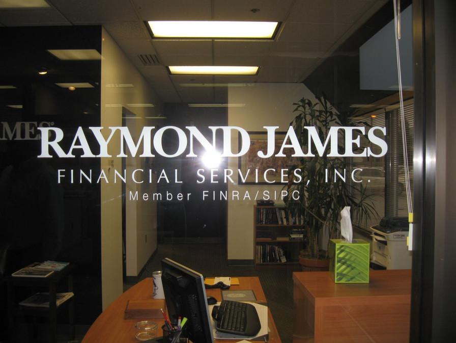 raymondjames201210150032-1333x1000.jpg