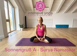 Intensive Yoga - Karin Kowarschik