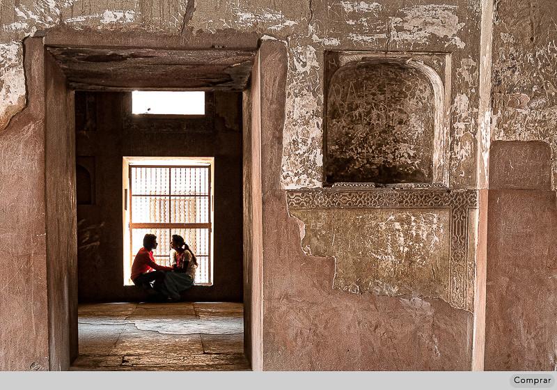 Fine Art Cor #032.   Agra. India