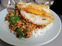 Pad Kra Pow Gai