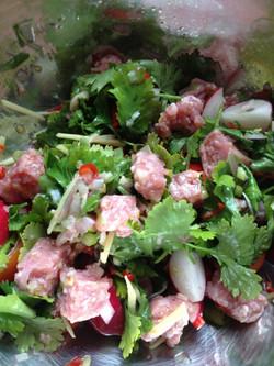 Sour pork salad