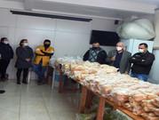 Famílias carentes recebem cestas de alimentos do PAA