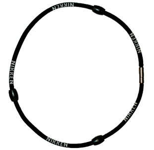 PoweBand_Blck_necklace.png