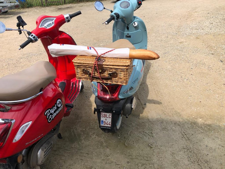 La dolce vita : Lambiek, vespa & logeren in De Woestijn
