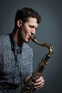 Jazz Clarinet- Gregory Agid- Saxophone Plays