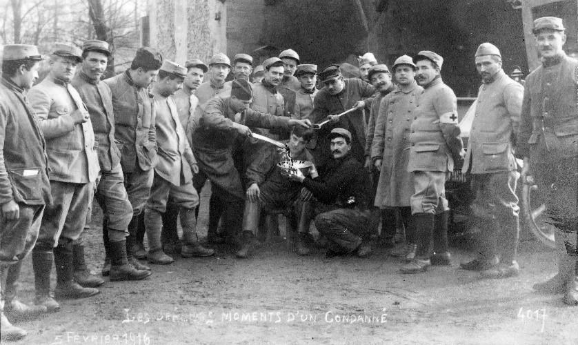 Soldats cantonnés à Bonneuil-sur-Marne en février 1916 durant la Première Guerre mondiale