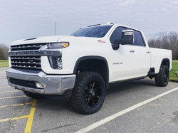 2020 Chevy 3500 leveled with Nitto Ridge