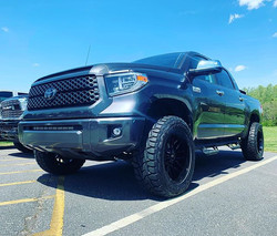 "Toyota Tundra with 3"" lift 295/60/20 and"