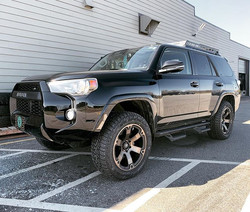 "Leveled 4Runner with 20"" Fuel Beast, Fal"