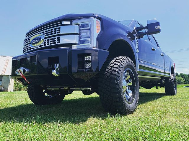 """2019 Ford F350 with 4"""" BDS lift, Fox Sho"""