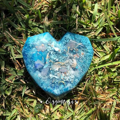 Orgonite Coração 3D Quartzo azul